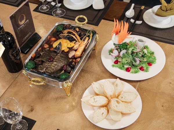 Nhà hàng 37 Hùng Vương