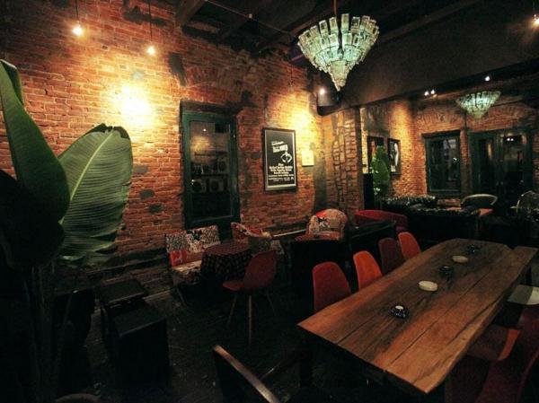 Bar +84 Ngô Văn Sở tiếp tục mở cửa để phục vụ thực khách sau thời gian giãn cách xã hội