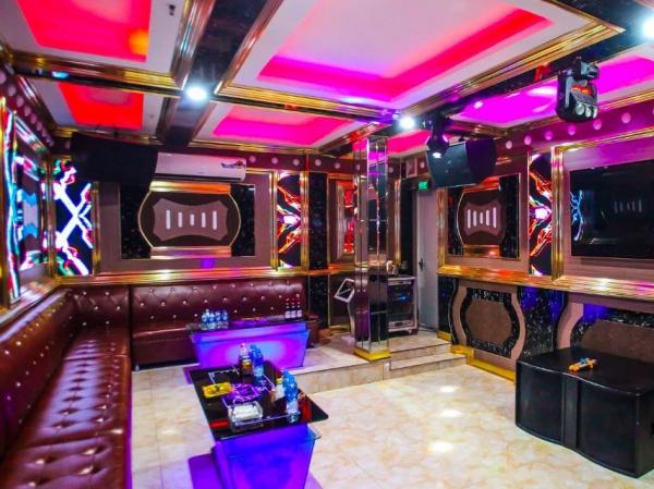 Karaoke 5 sao 148 Trần Phú