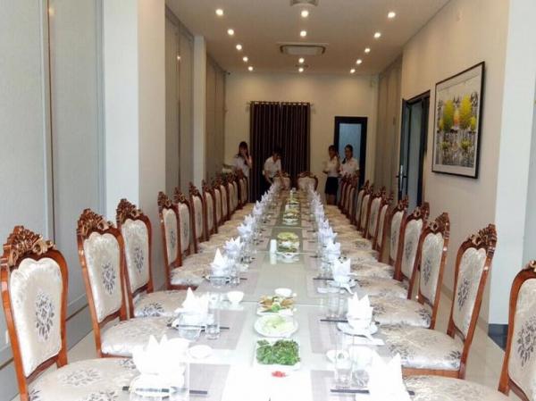 Nhà hàng Lộc Rừng