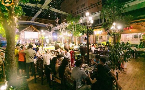 Vườn bia Hà Nội