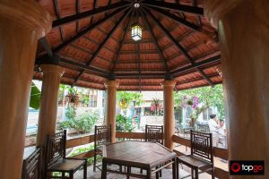Nha hang Thuy Trang