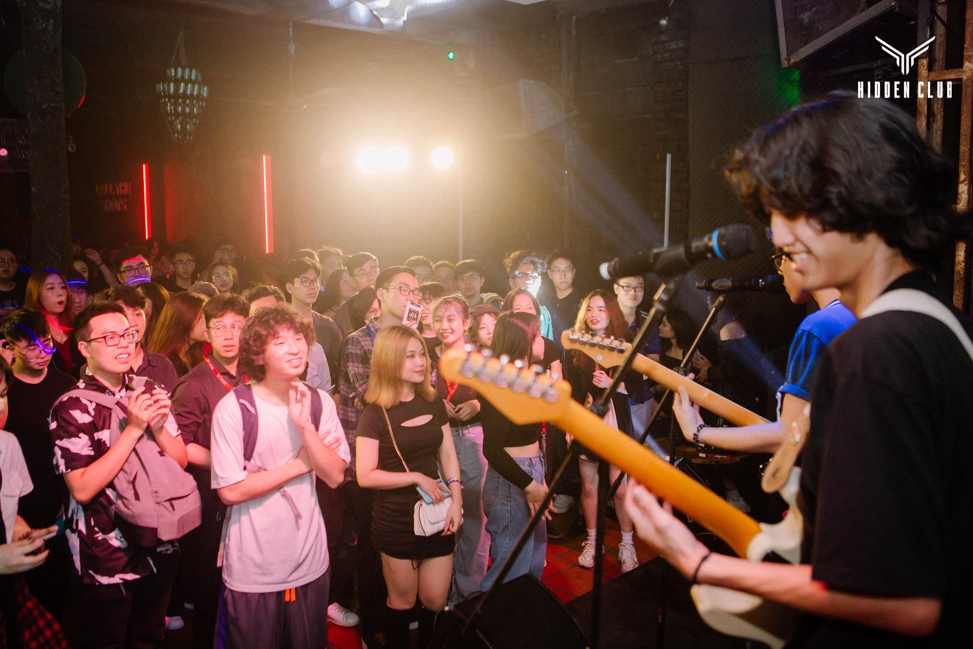 underground club cực chất tại Hà Nội